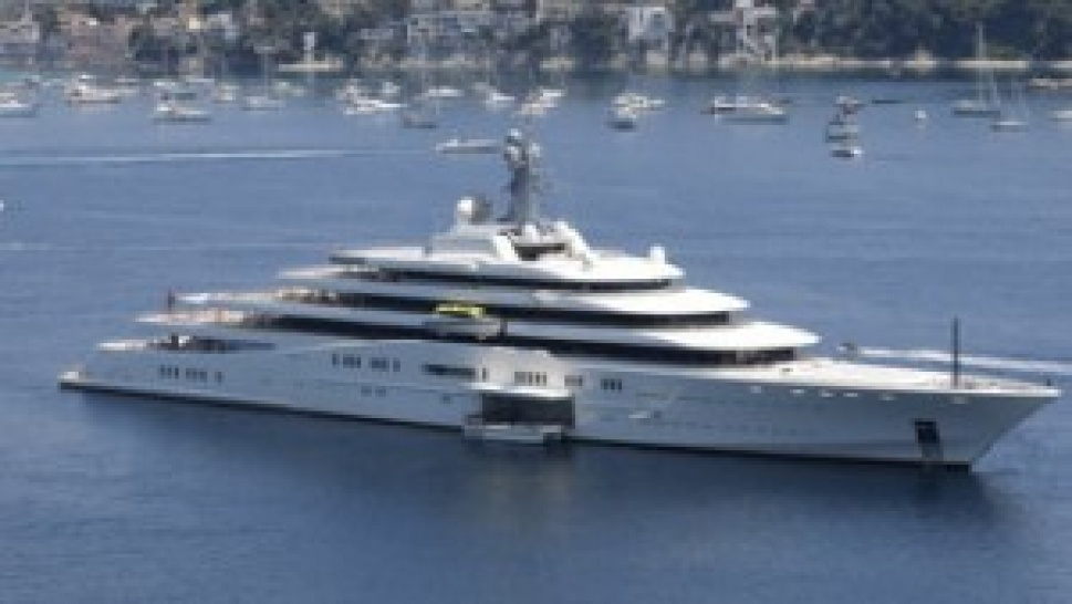 Azzam Kicks Out Eclipse To Become Largest And Fastest Yatch